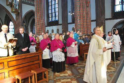 pontifikalamt_und_empfang_29_20101010_1364805367