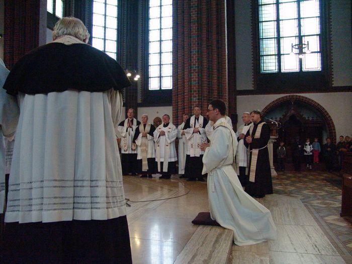 priester_kurzweil_30_20091106_1564775425